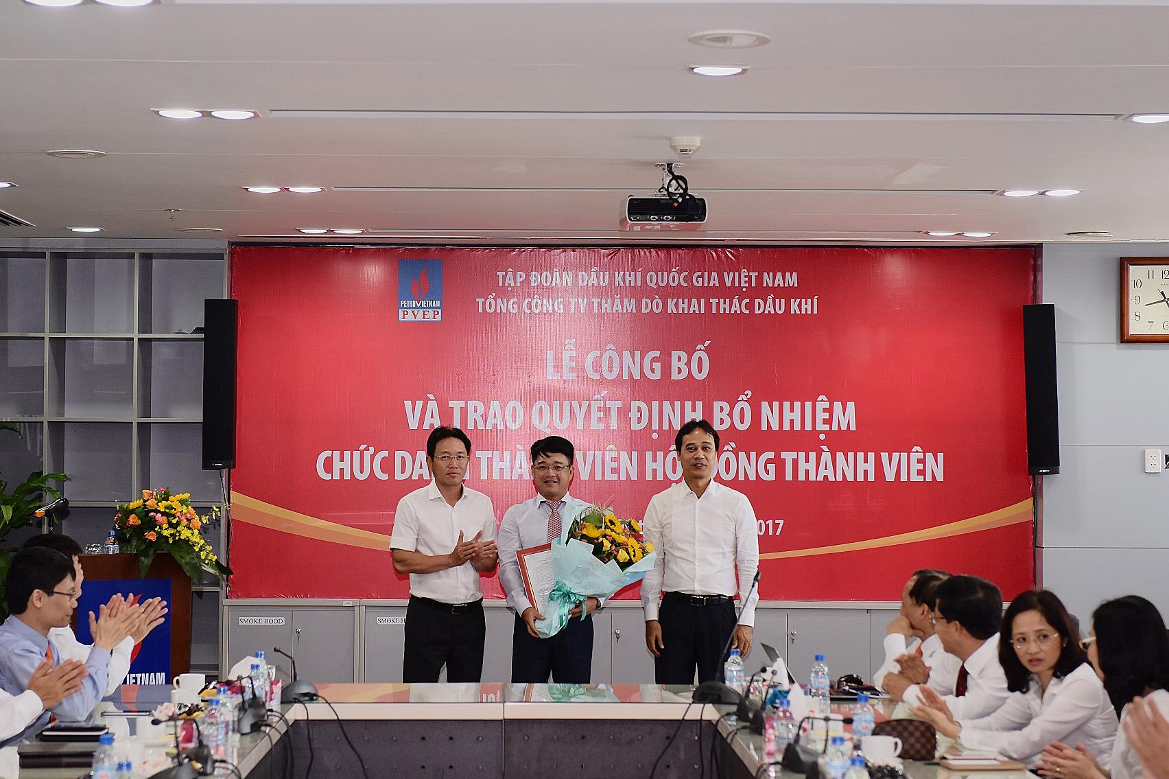 Tập đoàn Dầu khí Việt Nam trao các quyết định nhân sự Thành viên HĐTV PVEP