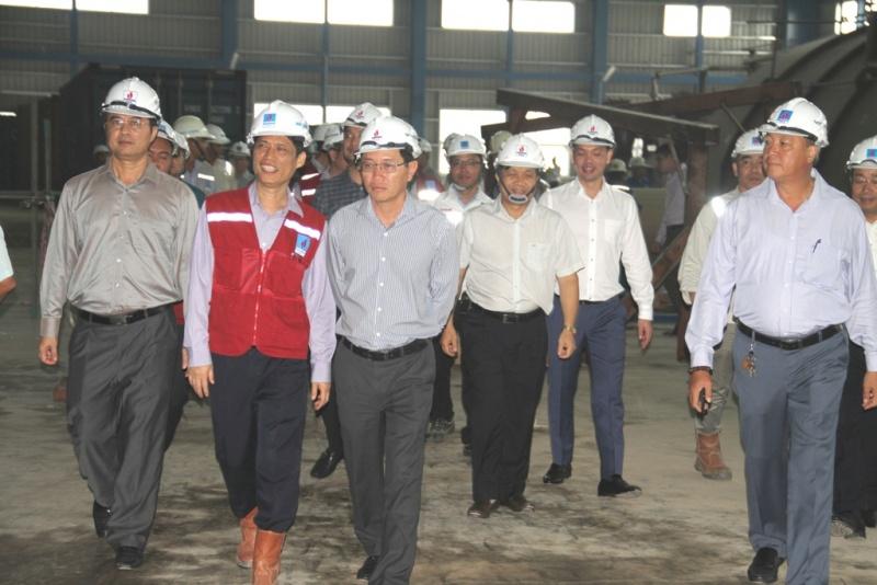 Lãnh đạo Tập đoàn Dầu khí Việt Nam kiểm tra tiến độ dự án NMNĐ Thái Bình 2