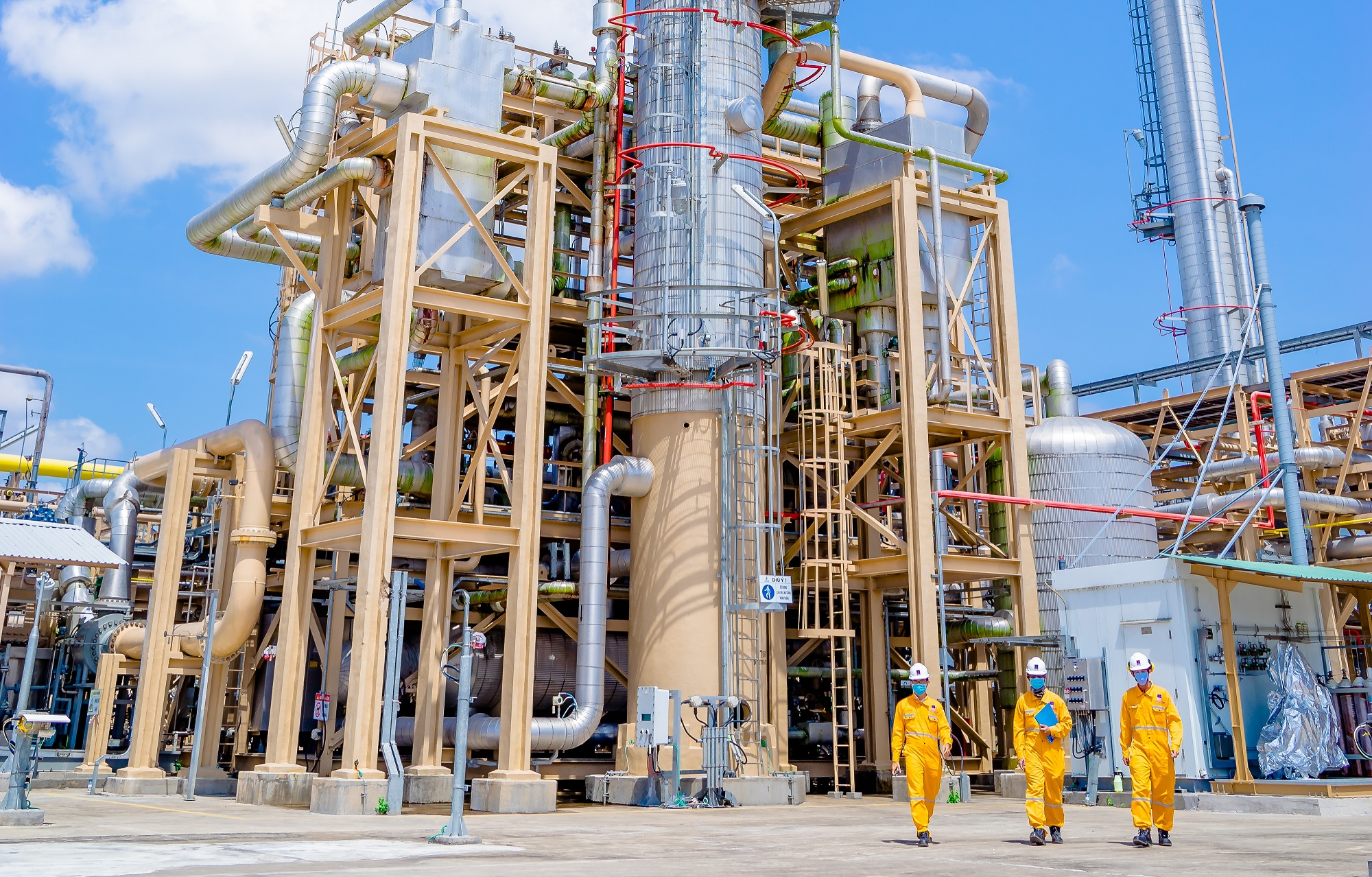 Petrovietnam overfulfills financial targets of the first Quarter of 2021